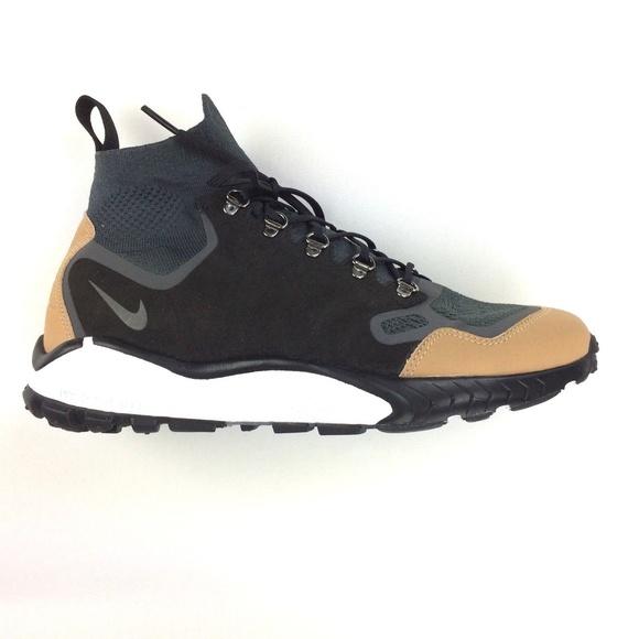 85c70674f93af NIKE AIR ZOOM TALARIA Mid Flyknit Premium Sneaker.  M 5ada05ab6bf5a6dfd58cf495